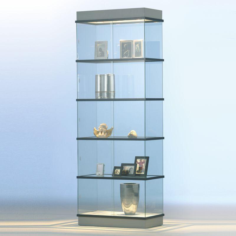transparent glasvitrine mit schiebet ren und beleuchtung. Black Bedroom Furniture Sets. Home Design Ideas